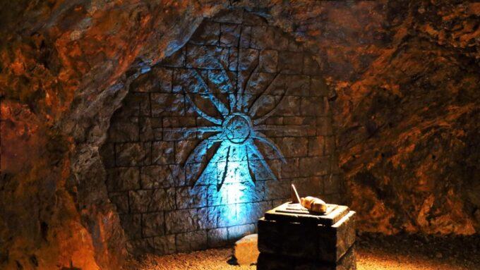 地底王国美川ムーバレーの壁画の回廊