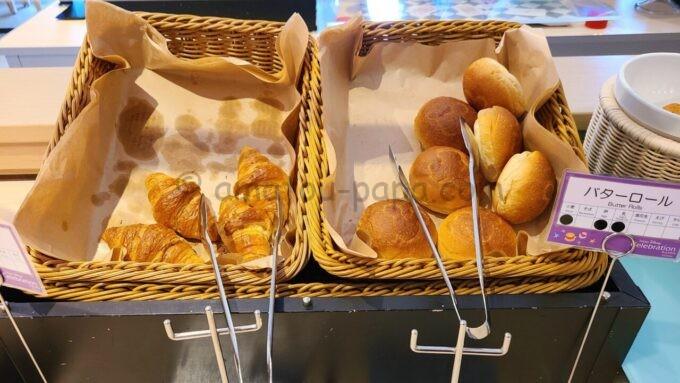 東京ディズニーセレブレーションホテル ウィッシュの朝食「クロワッサンとバターロール」
