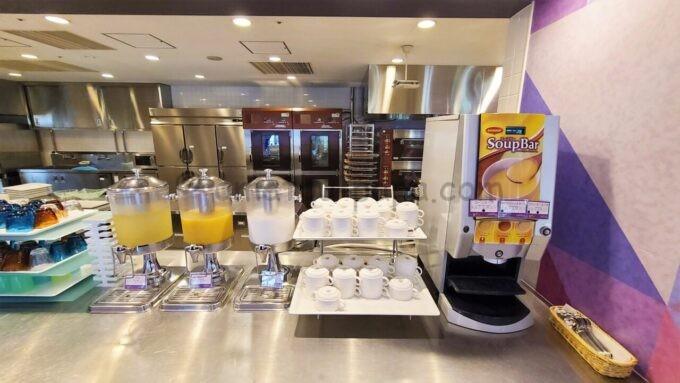 東京ディズニーセレブレーションホテル ウィッシュの朝食「ドリンクバーとスープバー」