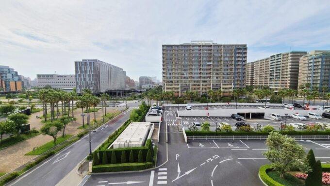 東京ディズニーセレブレーションホテル ウイッシュのスーペリアルームからの景色(マンション方面)